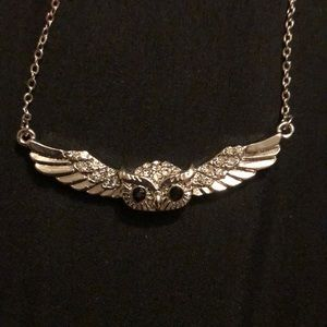 Silver tone owl necklace 9inches long